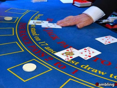 Counting Blackjack Cards: Our Easy Way to Win Your Games